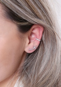 she ear pin